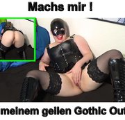 Na wie gefällt dir mein geiles Gothic Party Outfit mit den geilen Stifelen, den halterlosen Nylons,... sex appeal girls are fisting twat of their teen