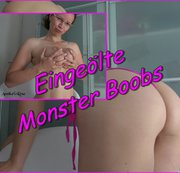 Eingeölte Monster Boobs