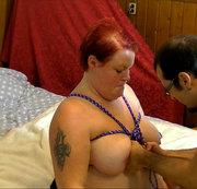 Bondage, an Titten und Händen 1