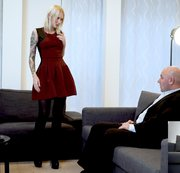 Arteya makes a new deal with the landlord wearing stockings and high heels to seduce him