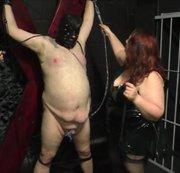 Lady Sanne mit Ihrer fetten Aushlifsdomina