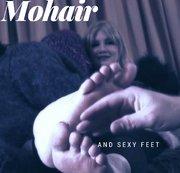 Mohair und sexy Füße für den Cuckold