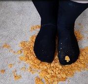 Zerstörungswut mit großen Füßen