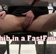 I removed my panties in a fastfood