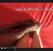 Mollige Nylon Bi-Mädels