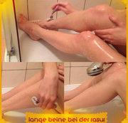 Lange Beine bei der Rasur..