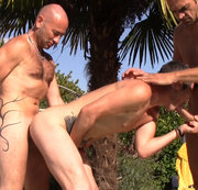 double fucked barebakc and creampie outdoor