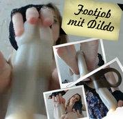 Footjob mit Dildo