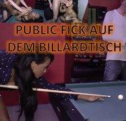Public Fick auf dem Billardtisch