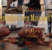 Gummibärchen Massaker! H*unter Gummistiefel – barfuss Leckerlie 4u | by Lady_Demona