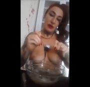 Natursekt Menü! 5 Sterne nackt kochen!   | by Lady_Demona