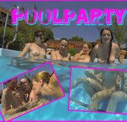 geile Lesben spielen im Pool