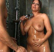 Fick mich unter der Dusche!! Bin bereit!