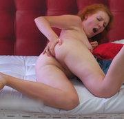 Im roten Bett (Ohne Ton)
