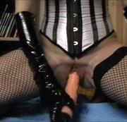 Zicken Pussy nimmt großen Vibrator Multiple squirt Orgasmen