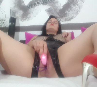 Girls Schulmaedchen Brustwarzen Oral