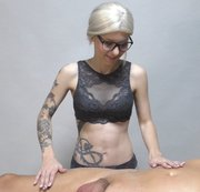 Meine erste Schwanz massage!!