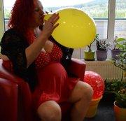 Ballon wird aufgeblasen..NON-POP!!