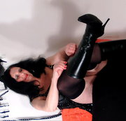 ANALRING MAG LINGERIE AND BOOTS .....