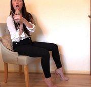 Queen Of Heels