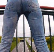 Brücke über der Autobahn