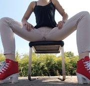 Draußen auf nem Stuhl :)