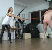 Bestrafung am kompletten Körper