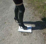Overknees- outdoor walking und crushing
