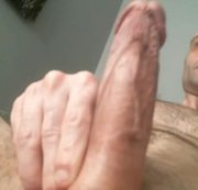 Hot dude jacks big cock and cums