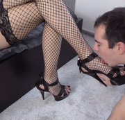 Cristy Noir Foot worshiping slave training