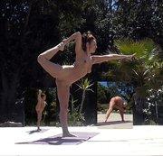 NATANUELE: Nacktes Yoga Natanuele auf Korsika Download