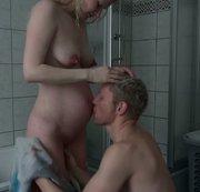 Schwanger-Nach dem duschen