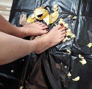 Füße vs. Banane