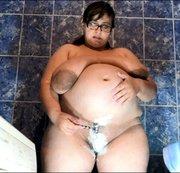 Rasierpussy 8 Monate schwanger