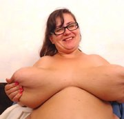 huge as fuck! BBW MILF bragging huge tit