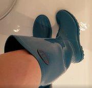 meine Neuen Blauen Gummistifel