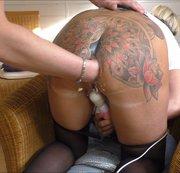 Der geilste Tattoo-Arsch von MDH wird hart gefistet