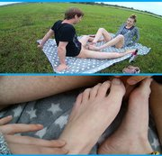 Kurzer Outdoor-Footjob!
