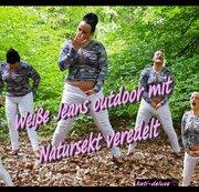Weiße Jeans outdoor mit Natursekt veredelt
