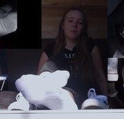 Celina. Casting Bus. Interview. Schuhe und Socken. Auf die Socken gespritzt. Sweet 18