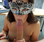 Officefuck Cumshot in das Blasmaul