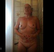 08 SB unter der Dusche