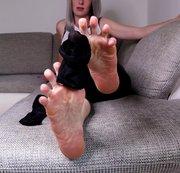 Verschwitzte Shopping-Füße