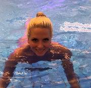 Riskant! Mein erstes Mal im �ffentlichen Schwimmbad!
