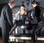 Der Peitschenverkäufer Teil 1 Mit Madame Catarina