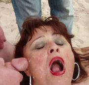 Blowbang mit 56-jähriger Spermaschlampe