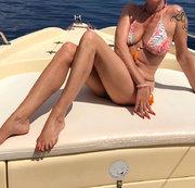 Vom Boot ins Meer gepisst!