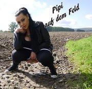 Pipi auf dem Feld