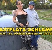 Rastplatz-Schlampe ! 18 jährige Teenys dürfen kostenlos DRÜBER !!!