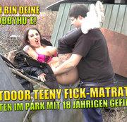 Outdoor Teeny Fick Matratze! Mitten im Park mit 18 j�hrigen Gefickt!